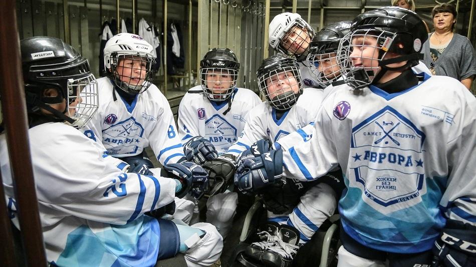 Как навыки командной игры помогают и на льду, и в обычной жизни