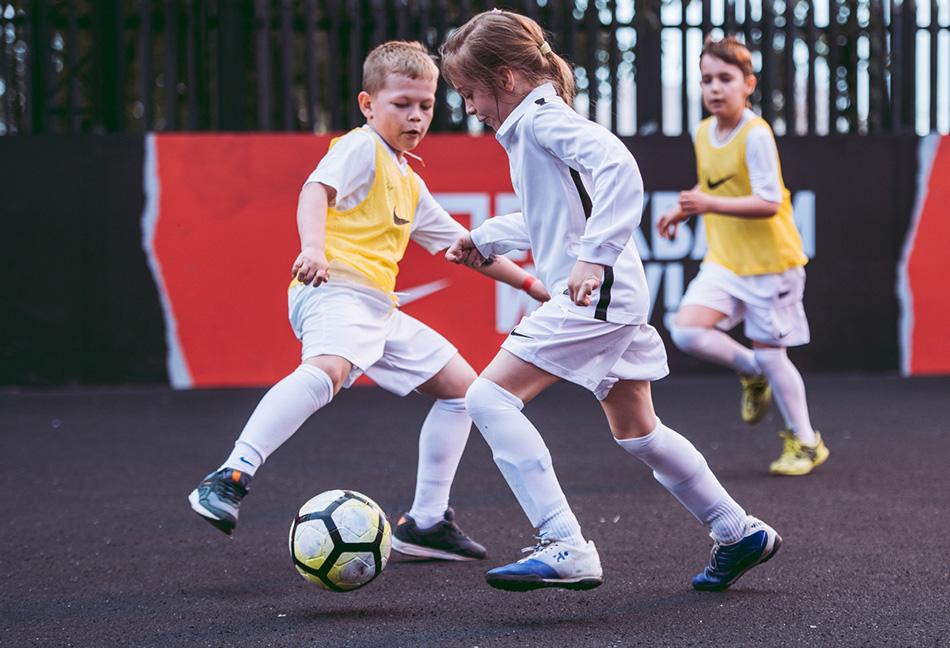 Футбол – игра быстрых и смелых!