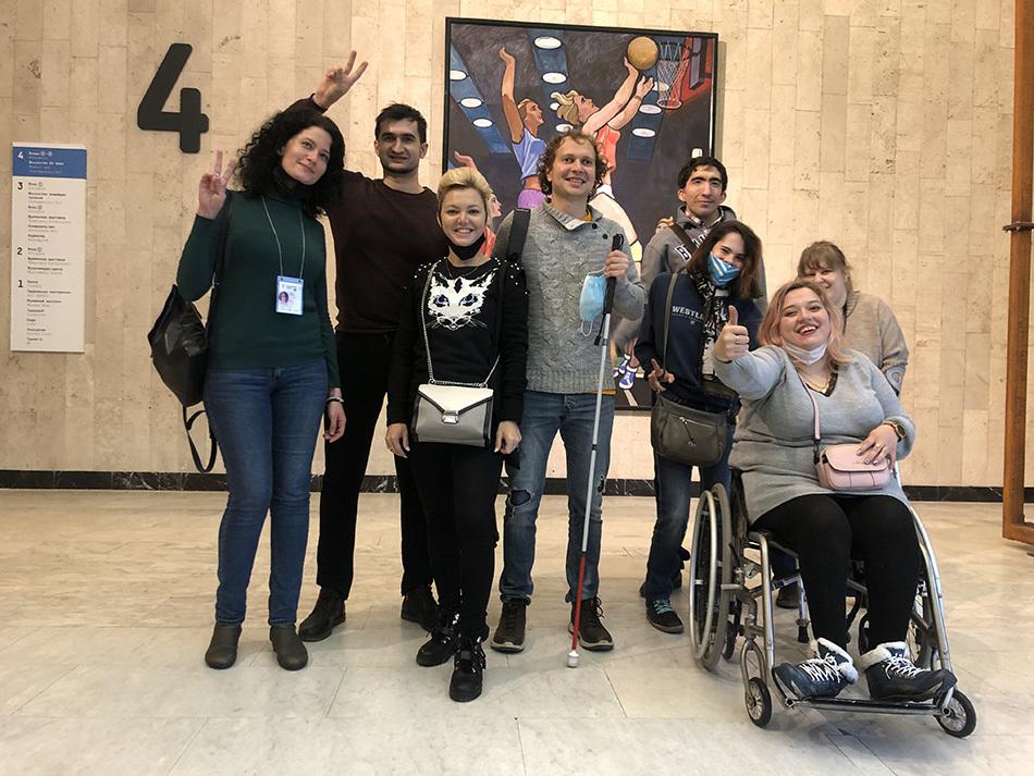 Доступна ли Третьяковская галерея для людей с инвалидностью?